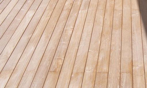 Pavimenti in legno per esterni aci coperture dei geom for Soluzioni per esterni